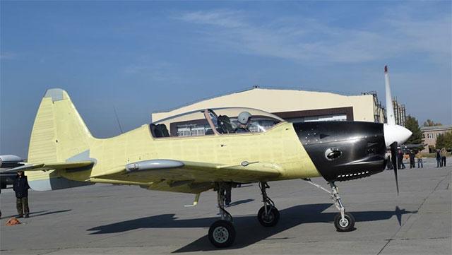 中俄合作一款新型教练机首飞