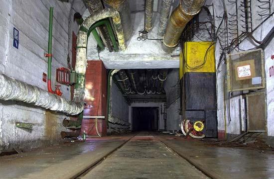 前苏联废弃核大战隧道阴森恐怖