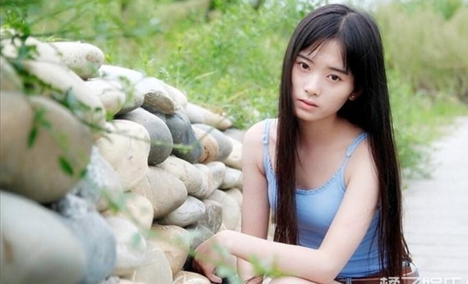鞠婧祎3年前的写真,好像没有传说中的那么恶劣