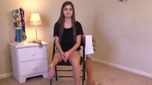 扒神嗨评:脚腕当膝盖 残疾芭蕾美少女