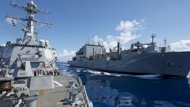 美舰队南海巡航挑衅完停靠香港