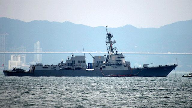 美海军宙斯盾舰停靠香港