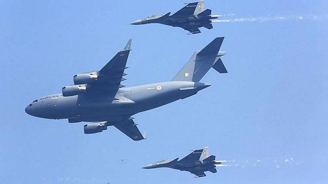"""印度空军节展示""""杂货铺""""空军"""