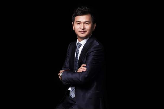 苏州虎丘婚纱城  改写中国婚纱产业记录