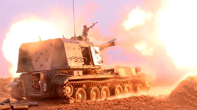 我军战争之神152mm重炮倾泻怒焰