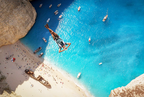 美冒险家希腊扎索金斯岛体验极限跳伞