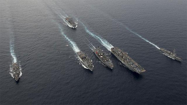 不想走了?美6艘军舰南海游荡