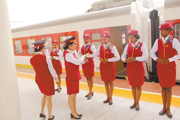 """高铁--亚吉铁路是一次全产业链的输出 让""""中国标准""""更具辐射力"""