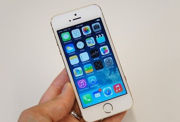苹果手机若配备OLED显示屏 日供应商压力大