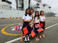 中国海军护航舰队访问柬埔寨