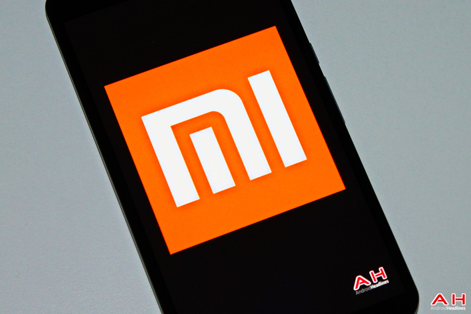 小米Note 2将配备LG双曲OLED显示屏