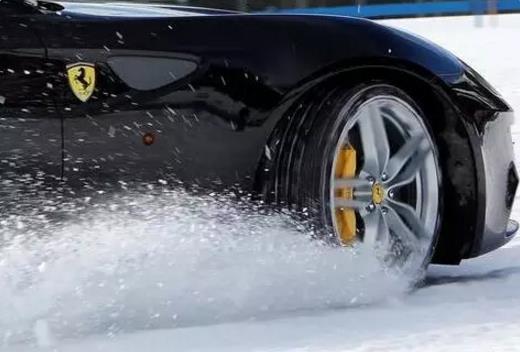冰雪天气不再可怕 做到这几点开车无忧