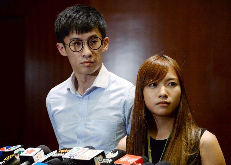 港立法会准许辱国议员重新宣誓 港媒:善恶不分