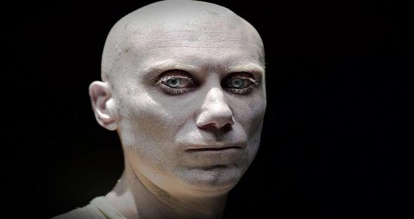 《金刚狼3》最新剧照:白化变异人Caliban正式亮相