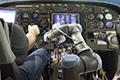 机器人当上飞行员
