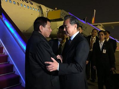 社评:中菲握手,唱南海和平