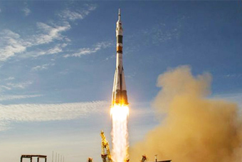 俄美3名宇航员被送往空间站