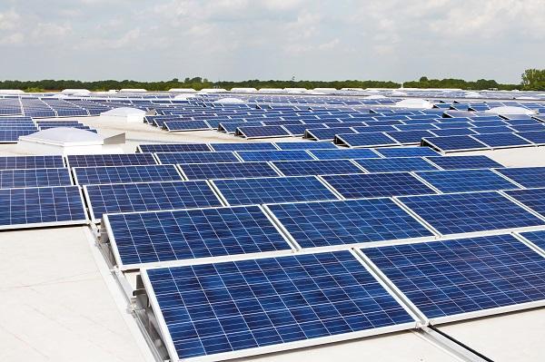 更多的公司使用和创造太阳能 苹果稳居前五