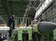 俄副总理亲自视察米格35战机