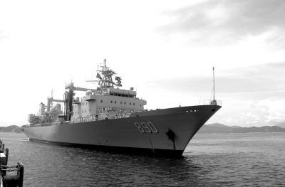 中国海军护航编队昨抵越南 开始为期5天访问