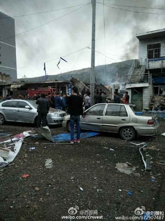 网曝陕西榆林府谷县一建筑发生爆炸 有人员伤亡
