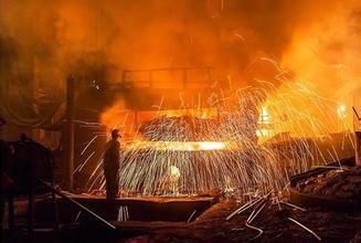 """置换出全部钢铁资产 """"二线钢王""""华菱钢铁变脸"""
