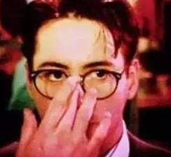 谁说戴眼镜的女孩都是书呆子,那是因为你不会选眼镜!