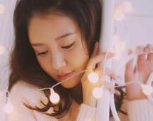 张子萱为陈赫生下爱女 但一点也没有肚子啊