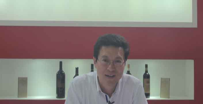 """续写中国口味红酒 天鹅庄""""大金鸡""""两天热销四万多瓶"""