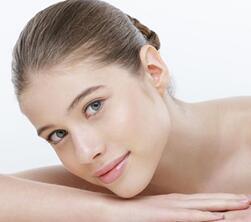 妆容色彩搭配是关键 平价化妆品也能画出质感妆容