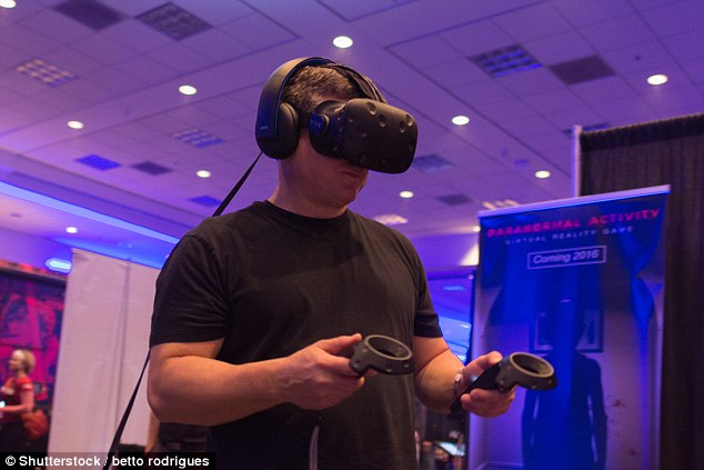 """美国女子玩VR游戏 在虚拟世界遭""""性侵"""""""