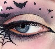 蝙蝠眼妆太火!今年万圣节就画它了!