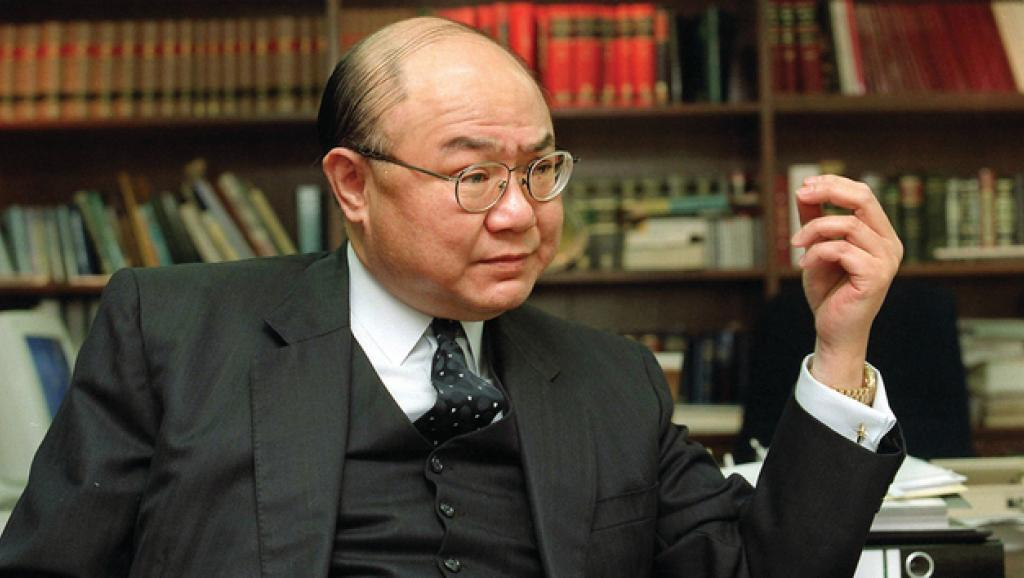 香港高等法院退休法官胡国兴宣布参选香港特首 系首位参选人