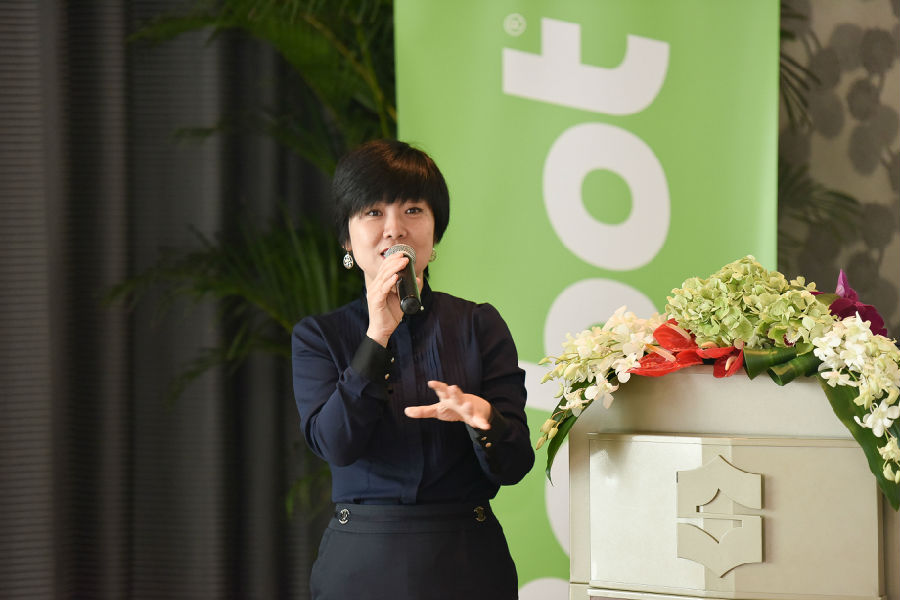 "iRobot中国团队亮相 携爆款产品出战""双十一"""