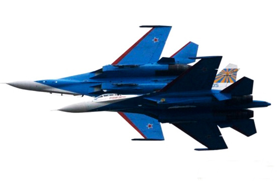 雨燕飞行队展示绝佳飞行技术