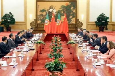 李克强首赴澳门视察并出席中国—葡语国家经贸合作论坛