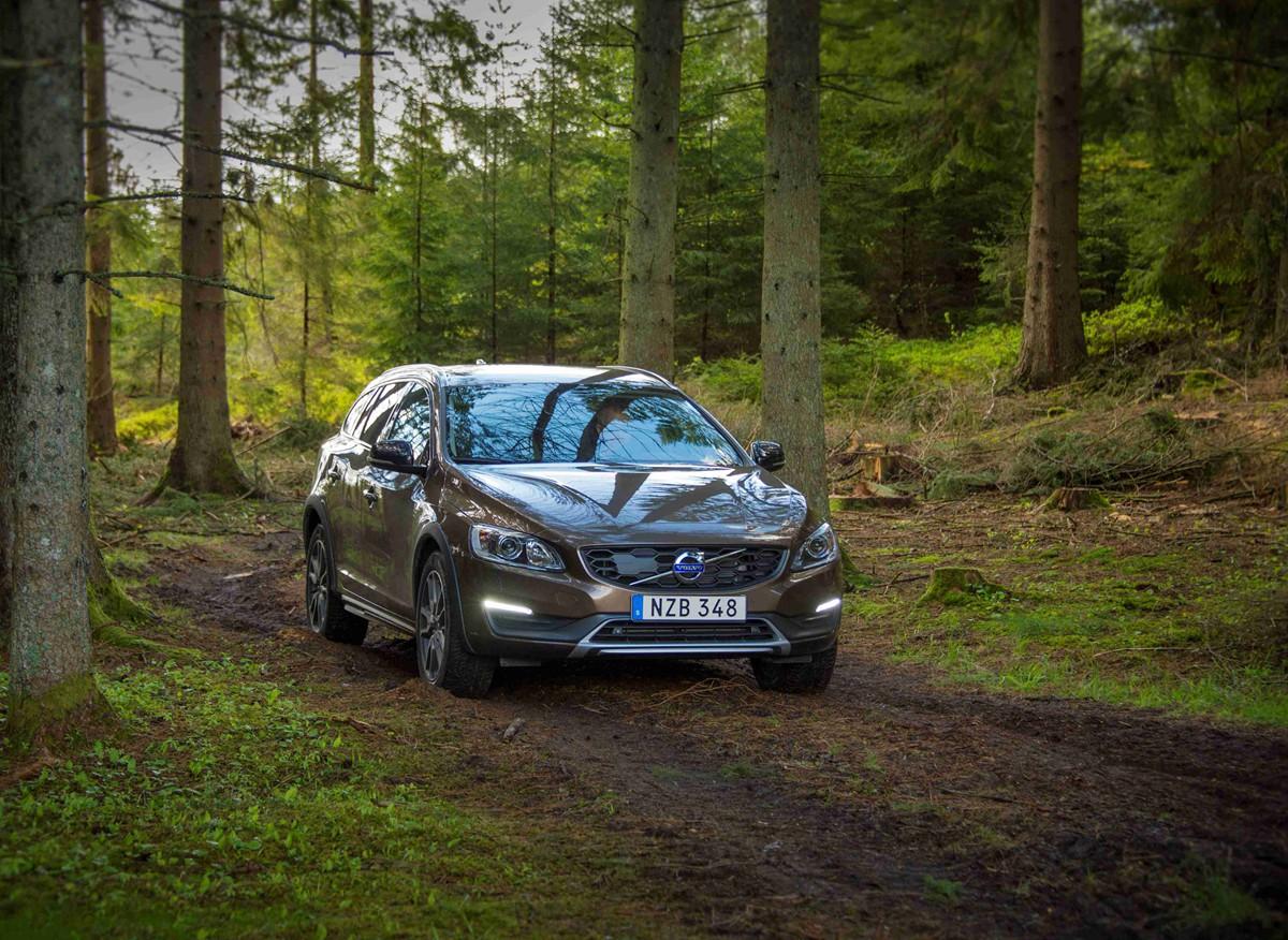 沃尔沃2017款V60 越界车 换装Drive-E最强动力