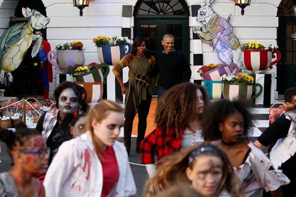 """奥巴马夫妇办万圣节派对 白宫变身儿童""""鬼屋"""""""