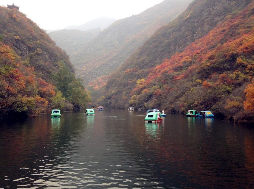 """斋堂镇双龙峡景区:京郊亲近自然的""""小九寨"""""""