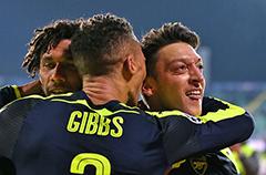 欧冠-厄齐尔传射 阿森纳3-2逆转提前晋级