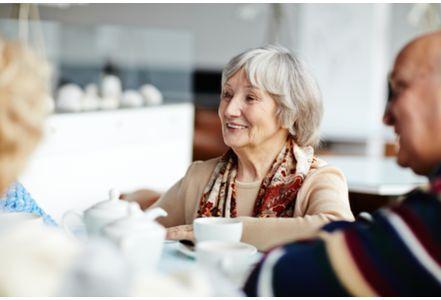 研究称老人谈话困难因认知能力下降 并非听力减退