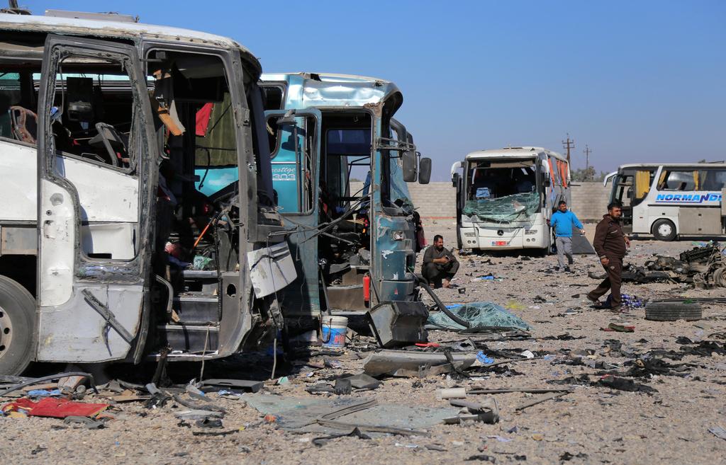 汽车 萨马拉/伊拉克萨马拉发生汽车炸弹袭击,一名自杀式恐怖袭击者引爆一辆...