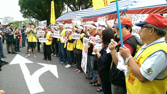 台劳团绝食达90小时:民进党得到权力忘了劳工