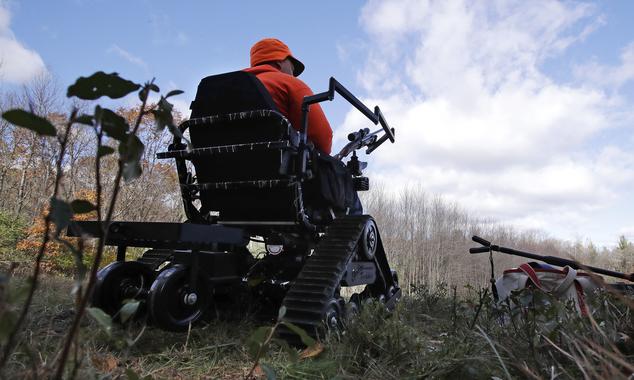 美马萨诸塞州为瘫痪者提供特殊狩猎服务