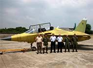 乌拉圭空军曾来中国考察L15