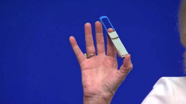 Intel仍有黑科技 硅光学芯片正朝400Gbps迈进