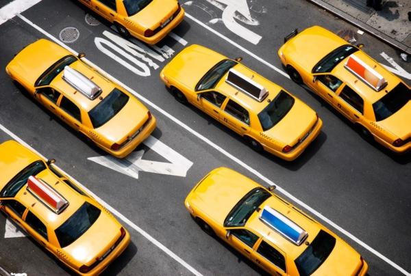 """滴滴扩容""""揽活""""模式 与多家出租车企业合作"""