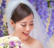 张靓颖甜蜜大婚 伴娘刘亦菲高颜值获赞