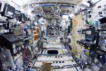 带你穿梭国际空间站各个舱室