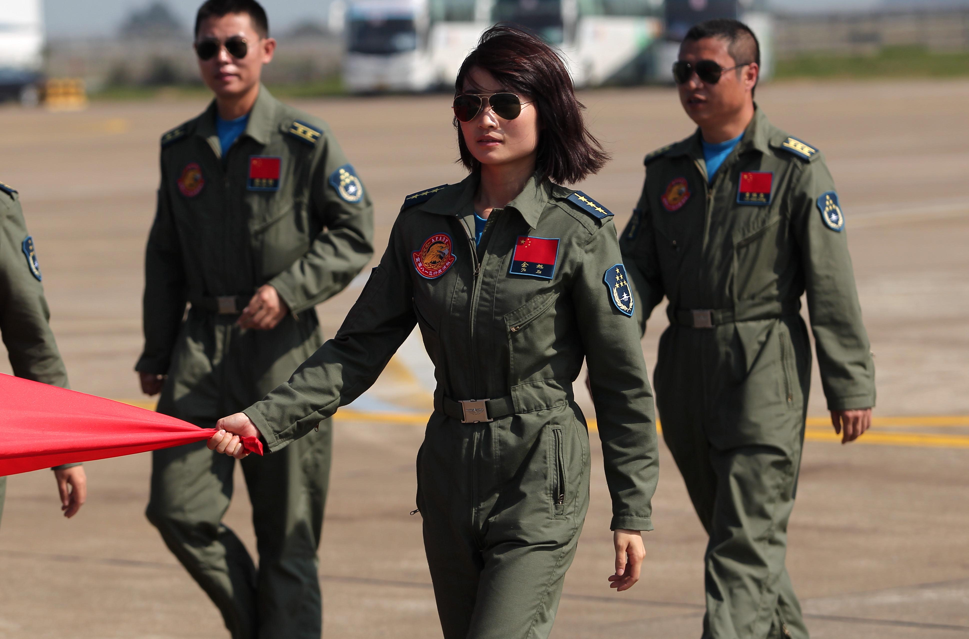 空军证实:空军歼-10飞行员余旭在飞行训练中不幸牺牲